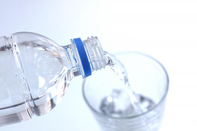 寝る前の水分補給